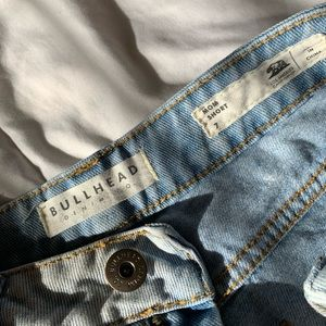 Pacsun( Bullhead) mom short size 7